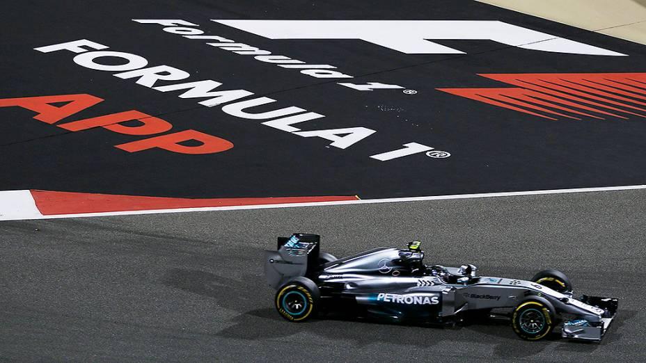 Nico Rosberg da Mercedes no Grande Prêmio do Bahrein de Fórmula 1, a terceira etapa da temporada 2014