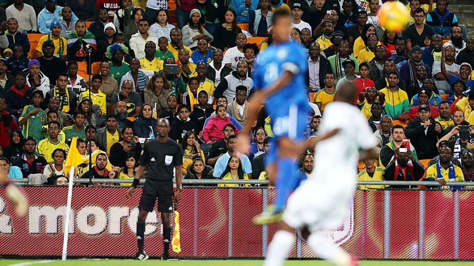 Brasil venceu a África do Sul por 5 a 0, em amistoso realizado no Estádio Soccer City, em Johannesburgo