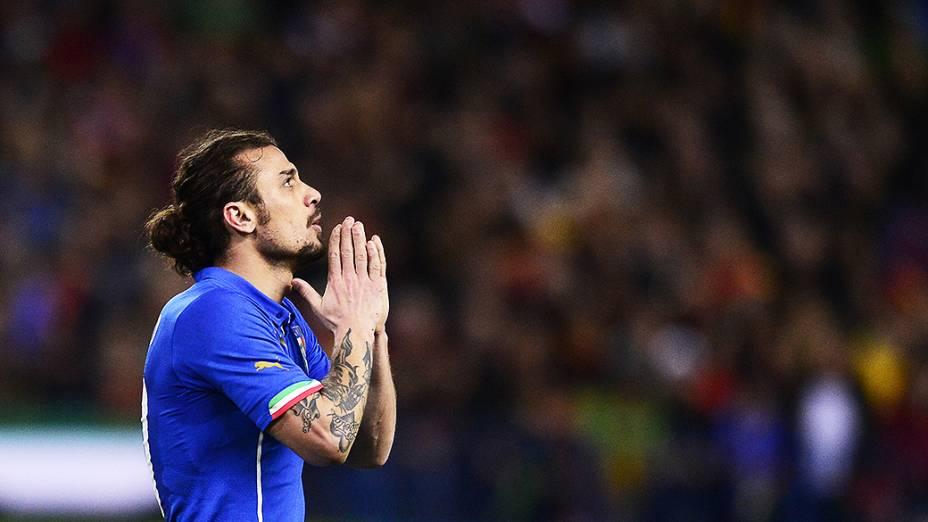O atacante Daniel Osvaldo na derrota da Itália por 1 a 0 em amistoso contra a Espanha disputado no estádio Vicente Calderón em Madri