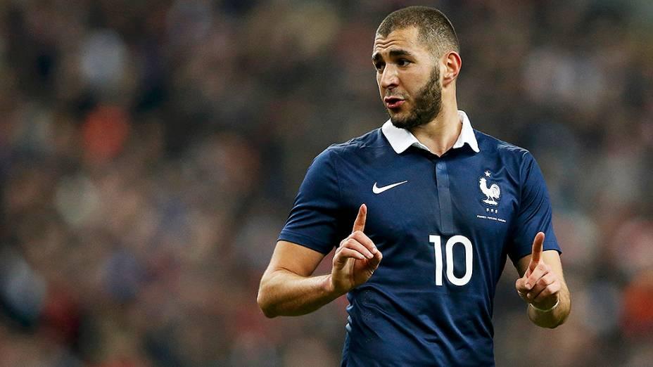 Karim Benzema marcou um dos gols da França que venceu a Holanda por 2 a 0 em amistoso disputado no Stade de France, em St. Denis