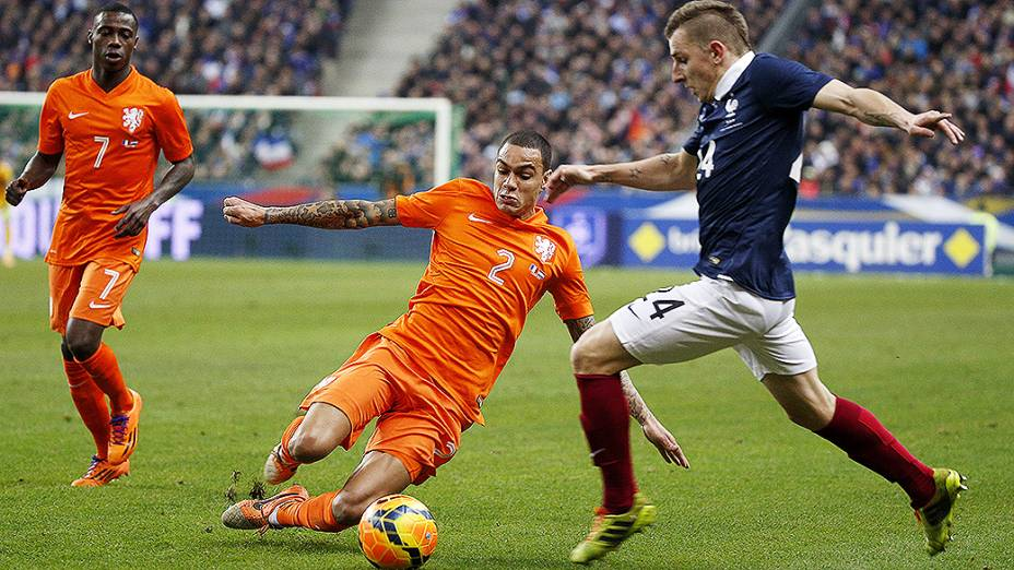 A França venceu a Holanda por 2 a 0 em amistoso disputado no Stade de France, em St. Denis