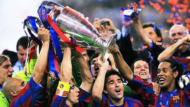 Deco participou das duas conquistas: do Barcelona, em 2006, e do Porto, em 2004