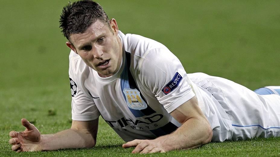 James Milner do Manchester City, na partida contra o Barcelona, válida pelas oitavas de final da Liga dos Campeões