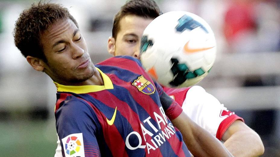Neymar durante partida entre Barcelona e Rayo Vallecano, pelo campeonato espanhol, em Madri