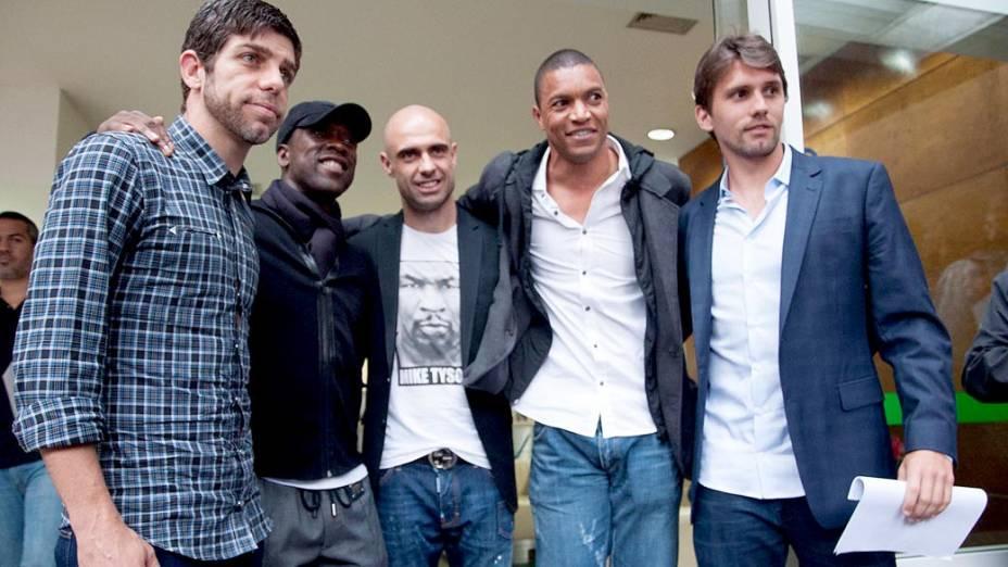 Jogadores chegam para reunião com o presidente da CBF, José Maria Marin, no Rio