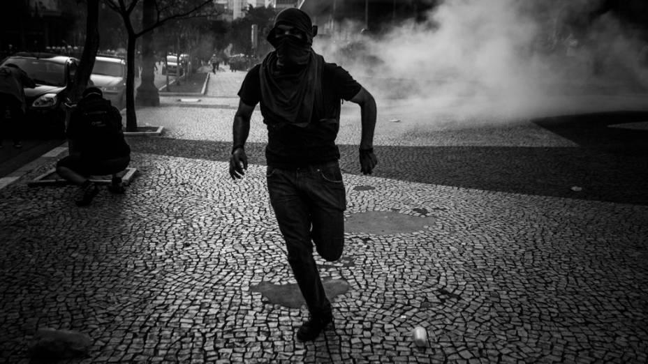 São Paulo - Integrantes do Black Bloc entraram em confronto com a polícia durante manifestação na avenida Paulista