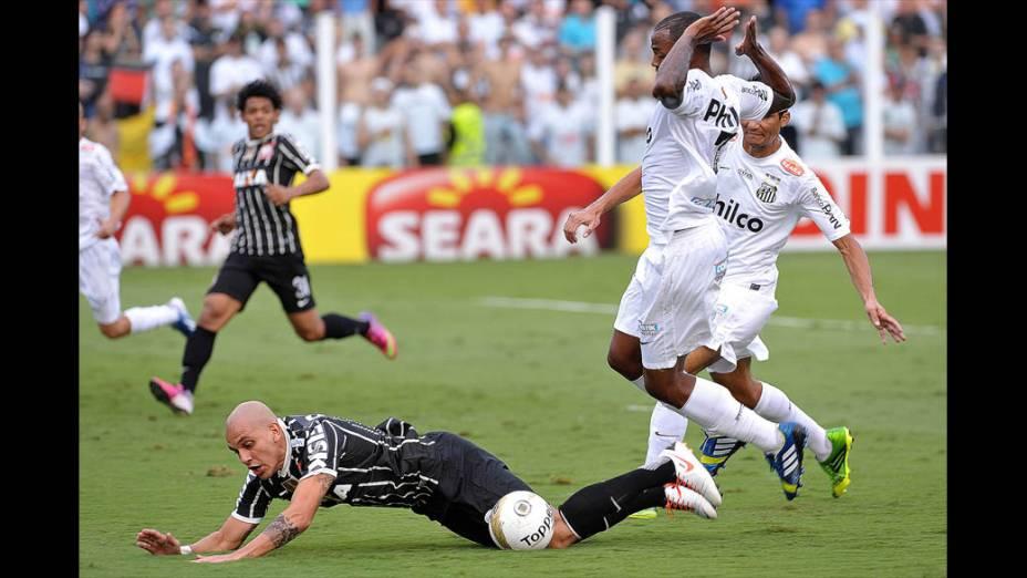 Lances da final do Campeonato Paulista entre Santos e Corinthians na Vila Belmiro