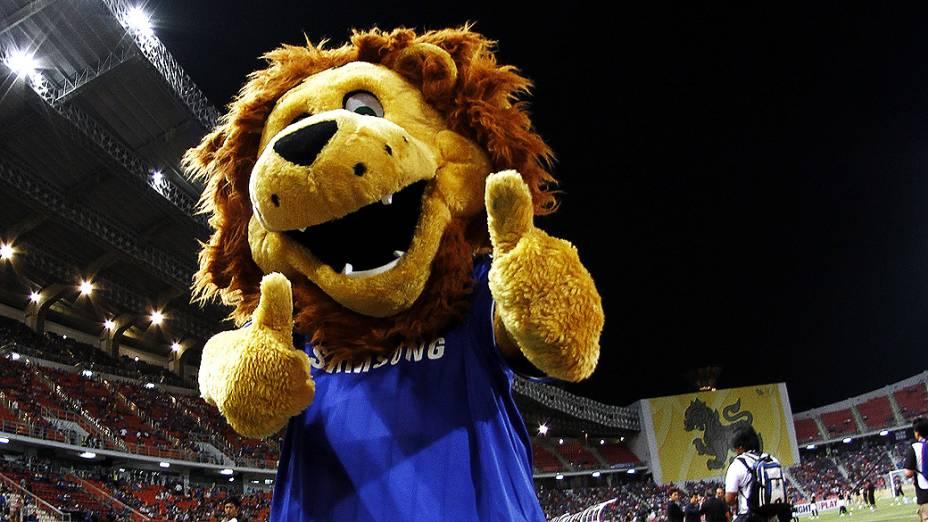 Mascote do Chelsea no amistoso na Tailândia