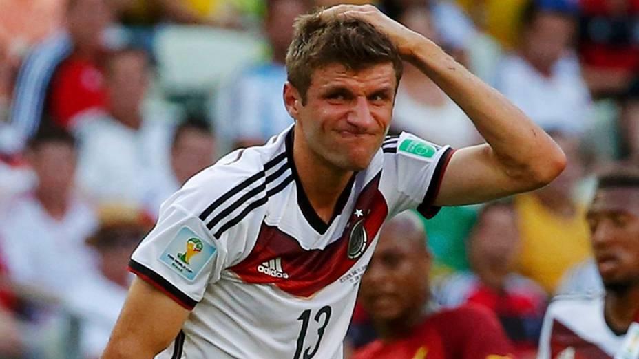O alemão Thomas Müeller lamenta gol perdido no jogo contra Gana no Castelão, em Fortaleza