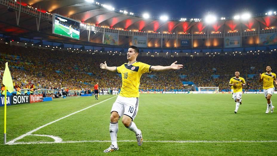 O colombiano James Rodriguez comemora gol contra o Uruguai no Maracanã, no Rio