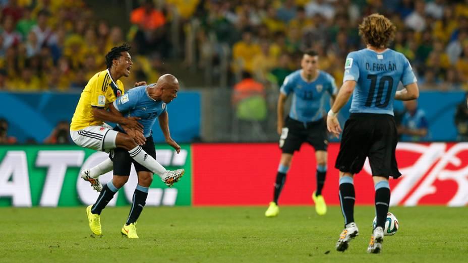 Lance no jogo entre Colômbia e Uruguai no Maracanã, no Rio