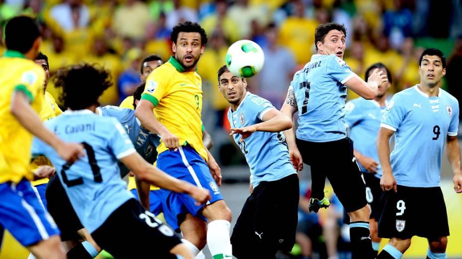 Brasil vence o Uruguai por 2 a 1 no Mineirão e garante a ida pra final da Copa das Confederações no Maracanã