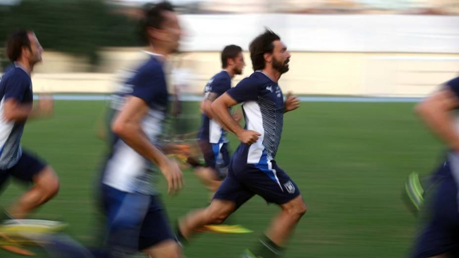 Treino da seleção da Itália no Rio, antes do jogo contra o México, em 14/06/2013