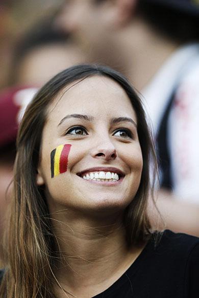 Torcedora da Bélgica durante o jogo contra a Coreia do Sul no Itaquerão, em São Paulo