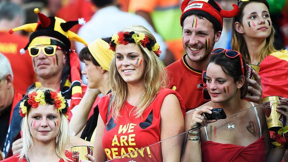 Torcedores da Bélgica durante o jogo contra a Coreia do Sul no Itaquerão, em São Paulo