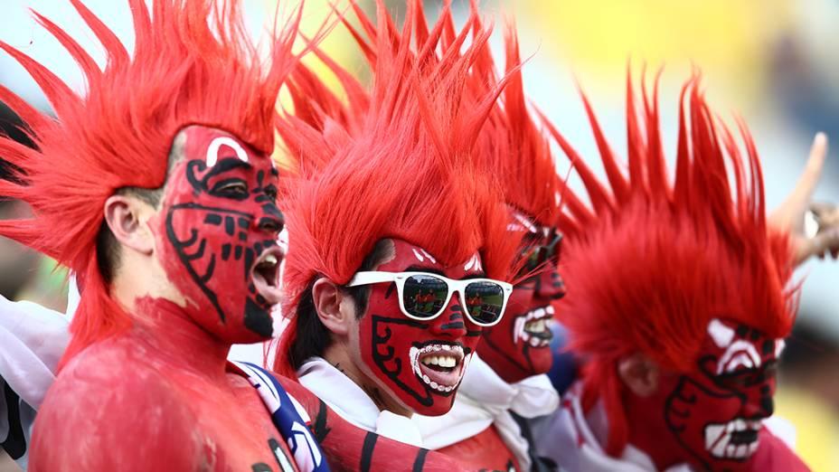 Torcedores da Coreia do Sul durante o jogo contra a Bélgica no Itaquerão, em São Paulo