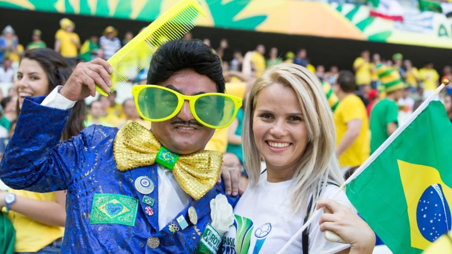 Torcida brasileira ccomparece ao Castelão para partida entre Brasil e México, pela Copa das Confederações, nesta quarta-feira (19), em Fortaleza
