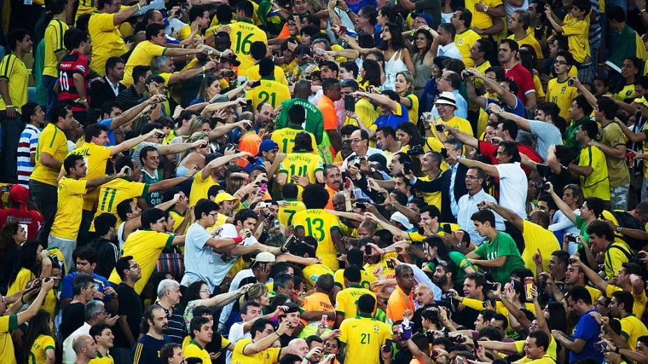Seleção do Brasil no estádio Maracanã durante final da Copa das Confederações entre Brasil e Espanha, no Rio de Janeiro
