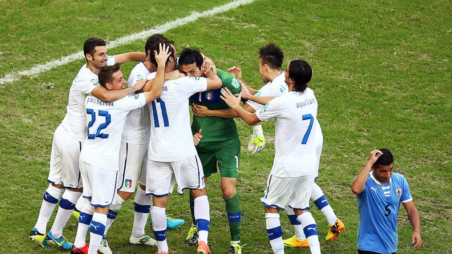 Itália comemora terceiro lugar na Copa das Confederações, na Arena Fonte Nova em Salvador