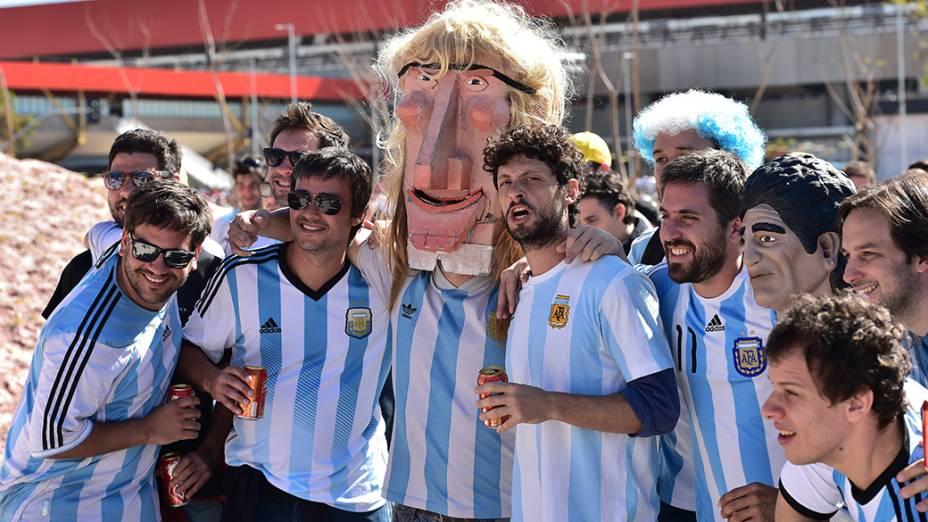 Argentinos chegam ao Itaquerão para o jogo contra a Suiça, em São Paulo