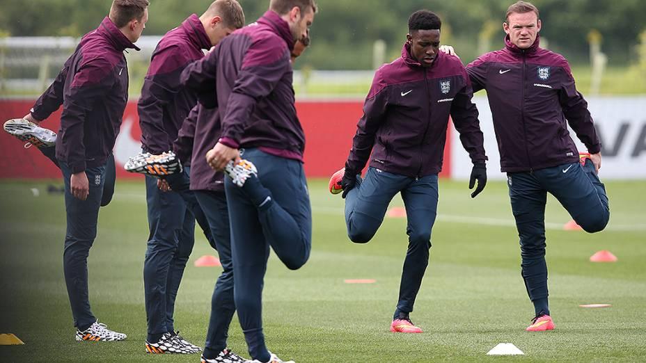 Seleção inglesa durante preparação para a Copa do Mundo no centro de treinamento St Georges Park, em Burton-upon-Trent