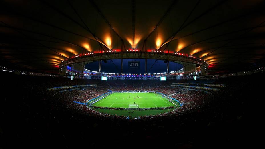Vista geral do Maracanã no jogo entre Espanha e Chile, no Rio