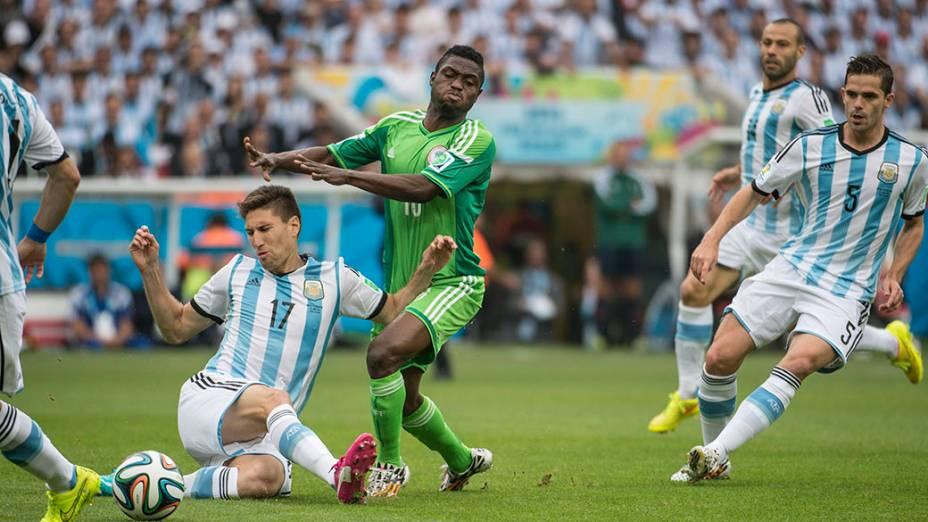 Lance no jogo entre Nigéria e Argentina no Beira Rio, em Porto Alegre