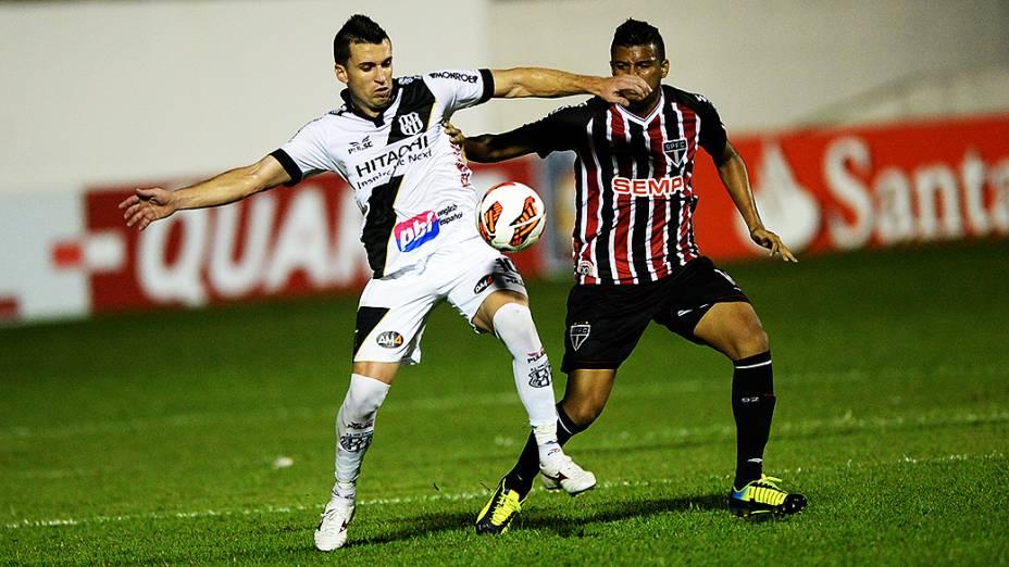 Ponte Preta e São Paulo disputam a semifinal da Copa Sul-Americana, no estádio Romildão, em Mogi Mirim
