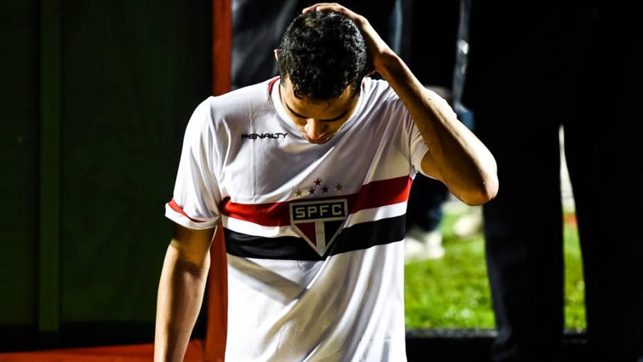 São Paulo vence, mas é eliminado nos pênaltis pelo Atlético Nacional, no Morumbi