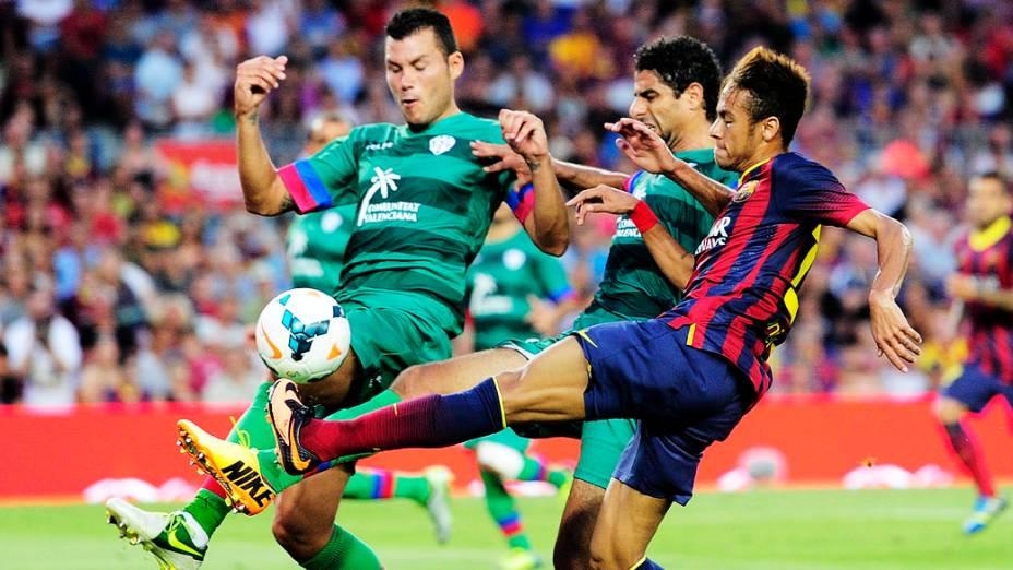 Barcelona vence Levante em goleada de 7 a 0 e Neymar passa em branco em estreia