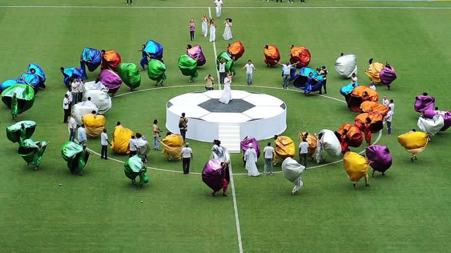 Apresentação antes do jogo entre Bahia e Vitória na inaugaração da Arena Fonte Nova, que receberá partidas da Copa das Confederações e da Copa do Mundo