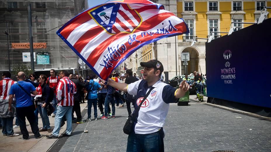 Torcedor do Atlético de Madri antes da final da Liga dos Campeões, em Lisboa