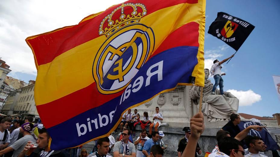 Torcedores do Real Madrid antes da final da Liga dos Campeões, em Lisboa