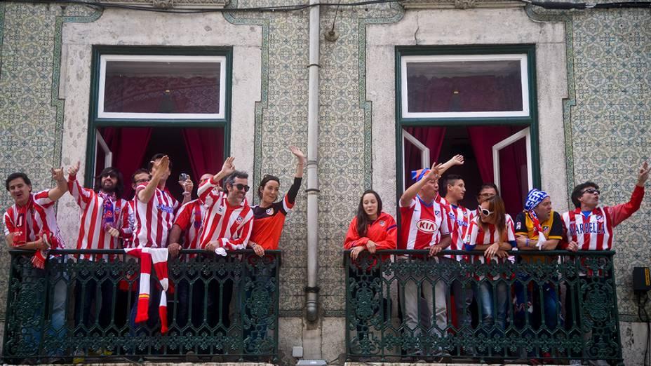 Torcedores do Atlético de Madri antes da final da Liga dos Campeões, em Lisboa