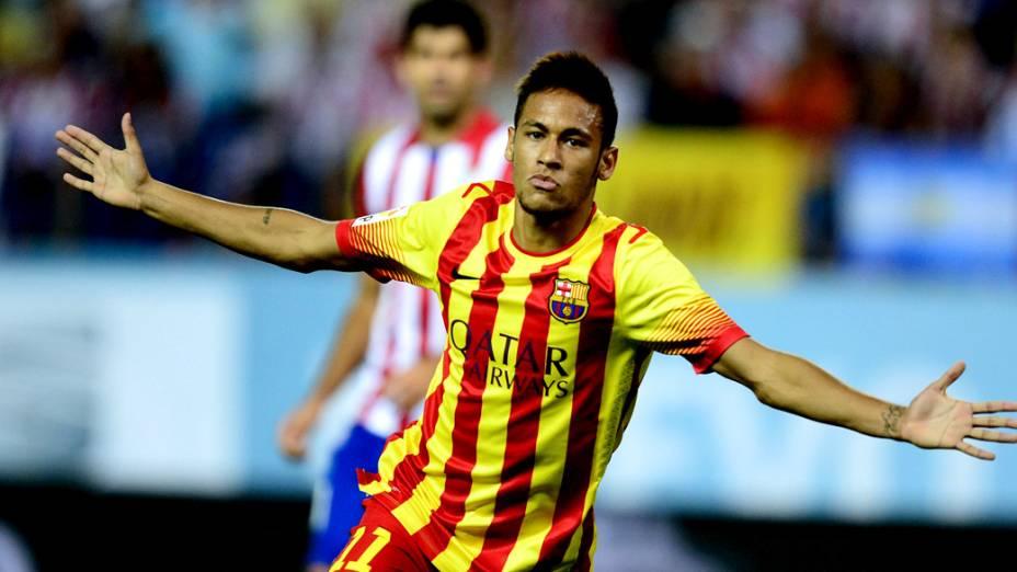 Neymar comemora gol contra o Atlético de Madrid, na primeira partida da final da Super Copa da Espanha