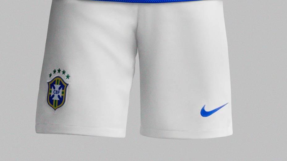 O Brasil estréia o novo segundo uniforme da seleção brasileira no amistoso contra a África do Sul