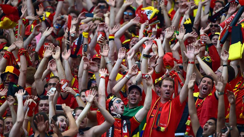Torcida é fotografada no Macaranã, durante uma partida entre Rússia e Bélgica, pela Copa do Mundo de Futebol de 2014