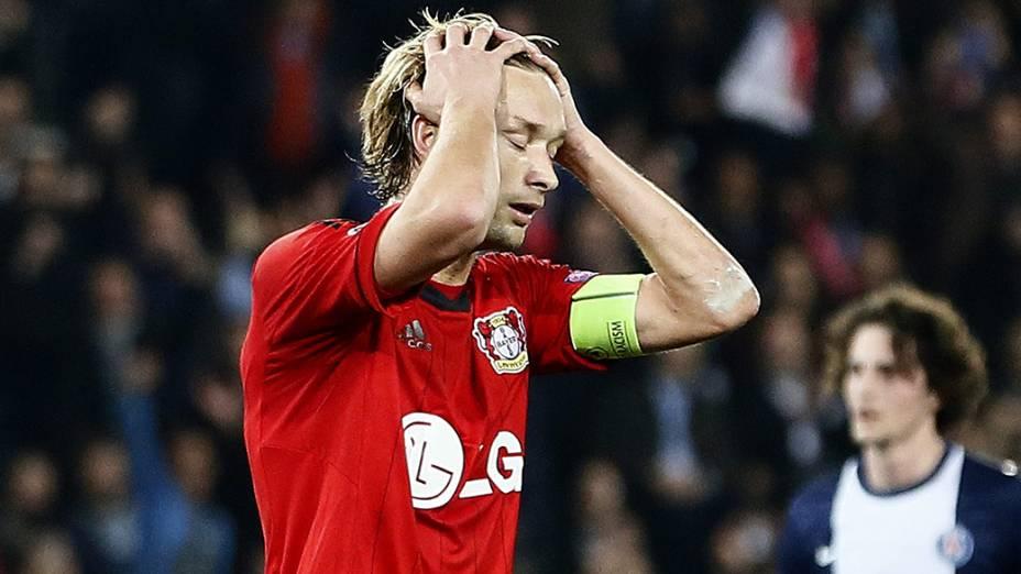 Rolfes, do Bayer Leverkusen, perdeu um pênalti na partida desta quarta