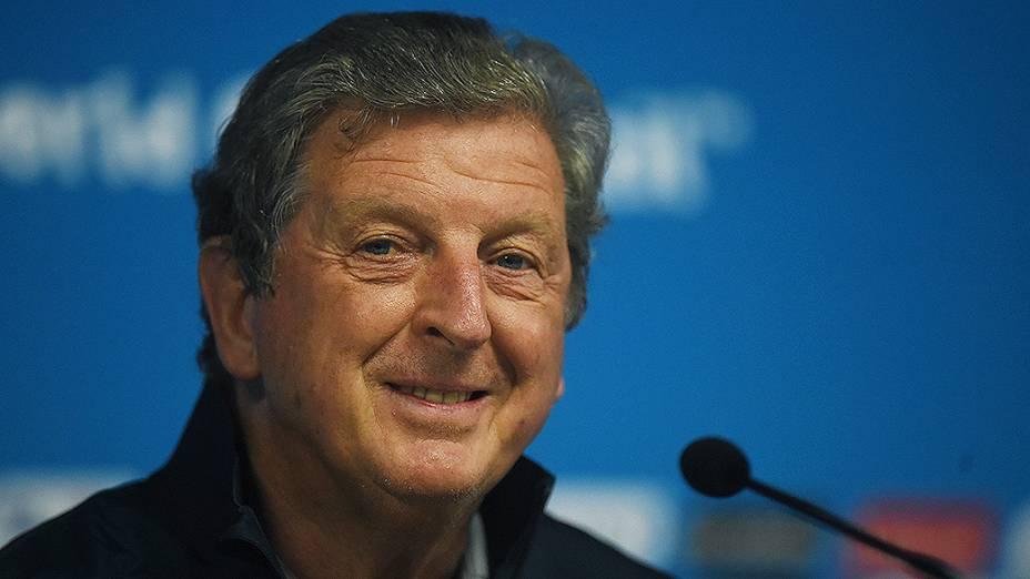 O técnico da seleção inglesa Roy Hogdson durante coletiva de imprensa na véspera da partida contra a Uruguai no Itaquerão, em São Paulo