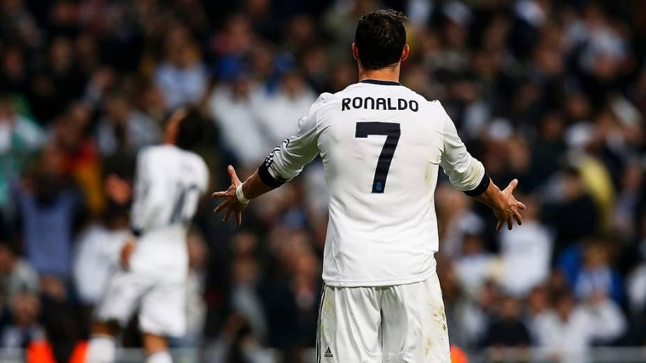 Cristiano Ronaldo durante segunda partida das semi-finais da Liga dos Campeões entre Real Madrid e Borussia Dortmund no estádio Santiago Bernabeu, em Madrid