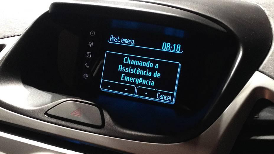 Sistema de chamada de emergência: faz ligação ao número de atendimento médico de emergência e informa a localização via GPS