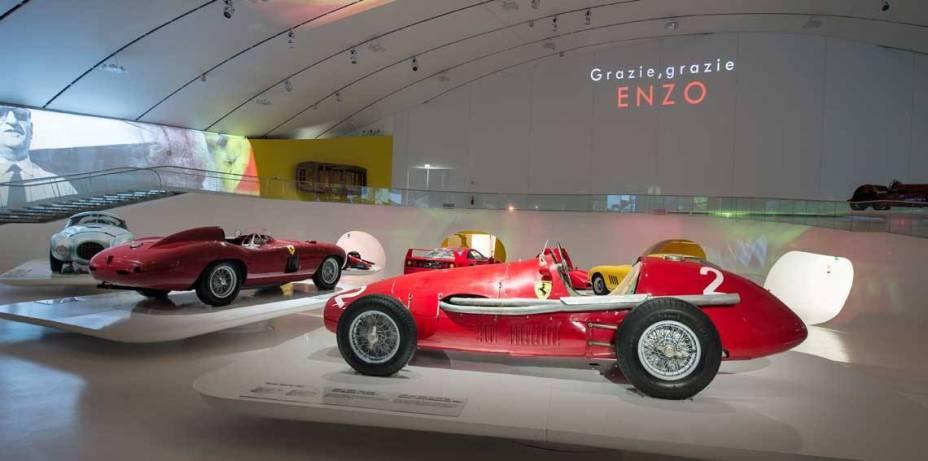 O novo museu Enzo Ferrari, inaugurado nesta terça em Modena, Itália