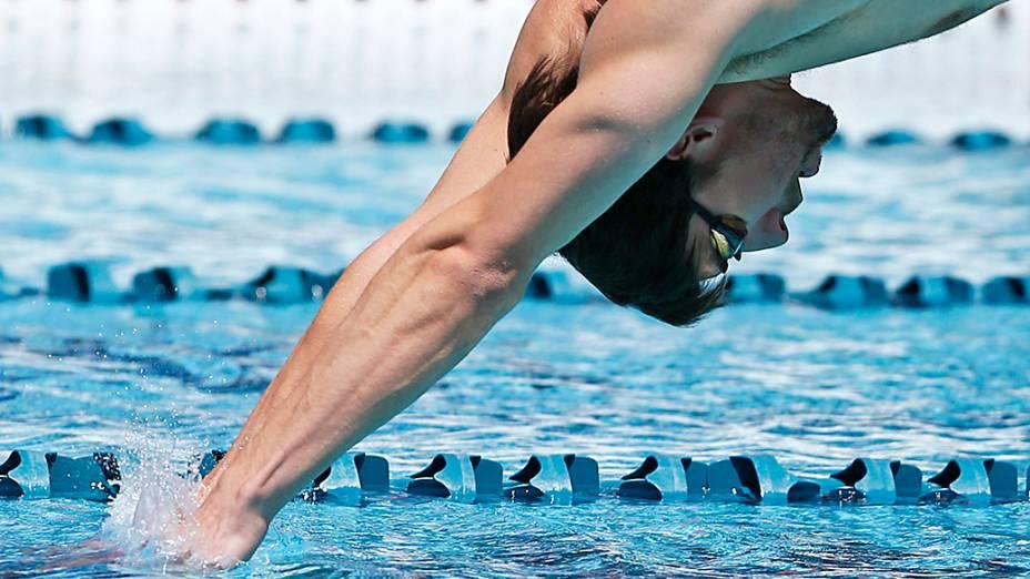 O nadador americano Michael Phelps volta às piscinas depois de quase dois anos afastado