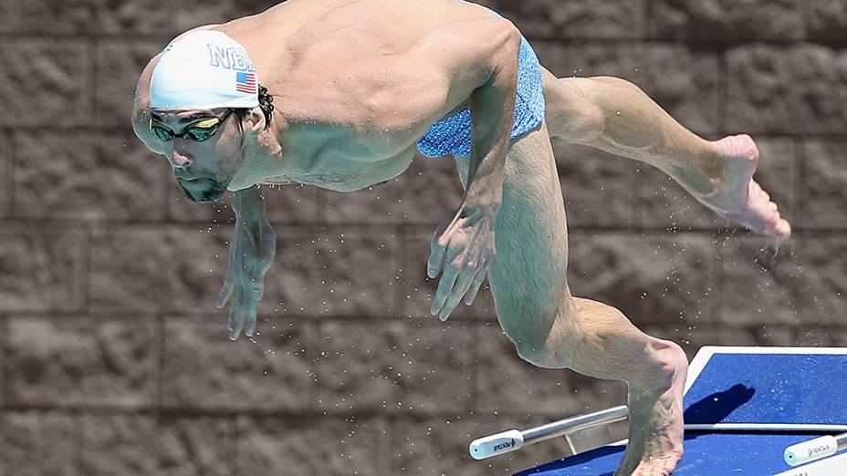 O nadador havia anunciado a aposentadoria após os Jogos Olímpicos de Londres, em 2012