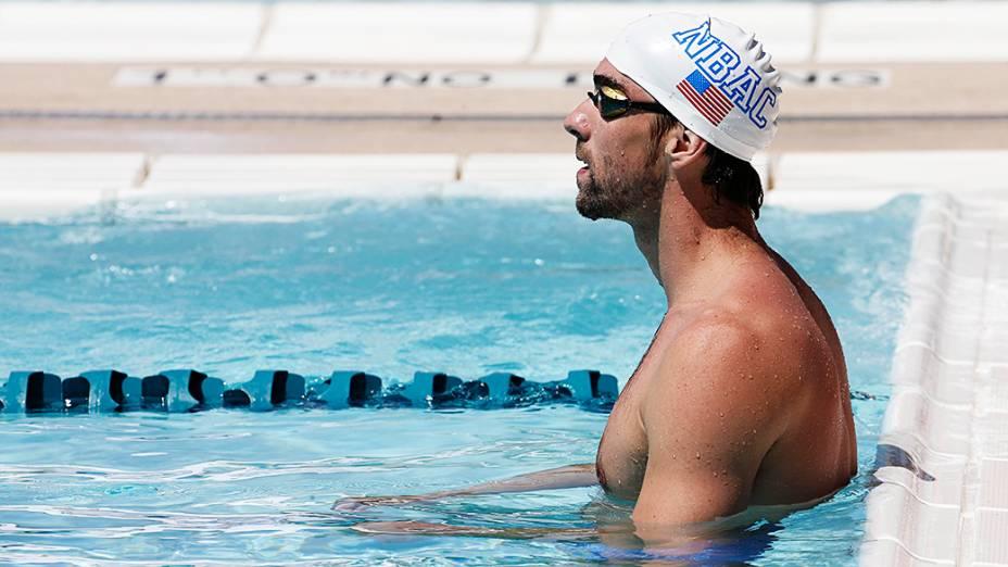 O nadador terminou na primeira posição das séries eliminatórias