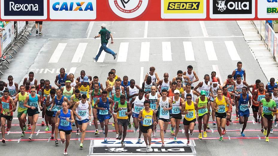 Largada masculina na 89ª Corrida de São Silvestre