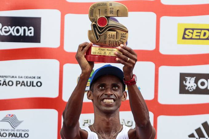 esporte-sao-silvestre-podio-goivani-dos-santos-20131231-14-original.jpeg