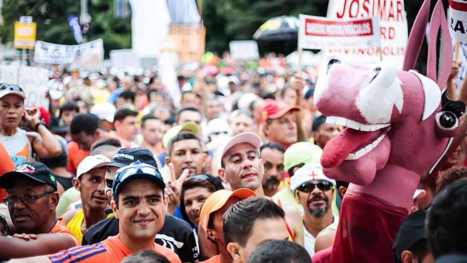 Concentração de corredores antes da larga da89ªedição da tradicional Corrida de São Silvestre
