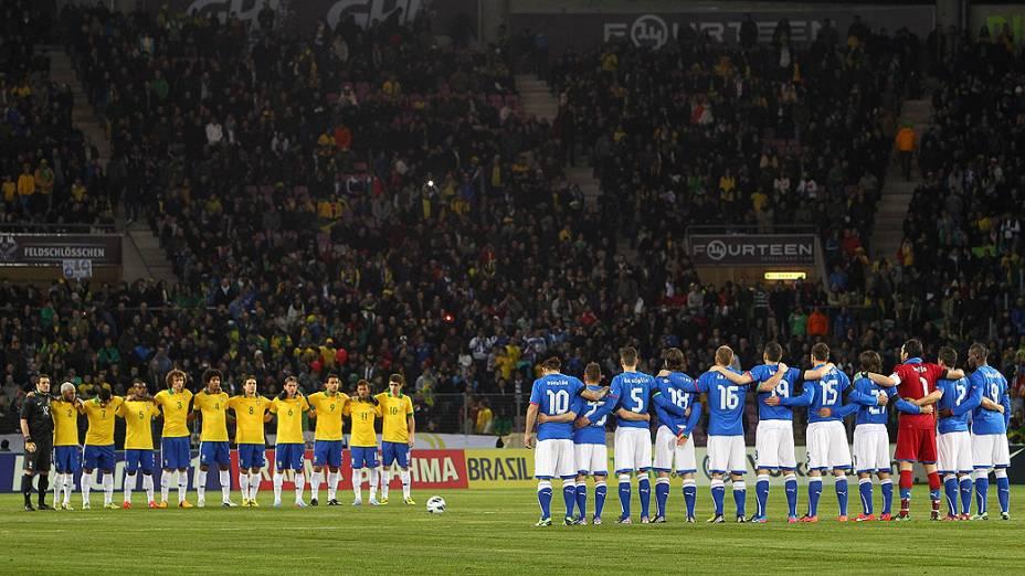 Amistoso entre Brasil e Itália em Genebra