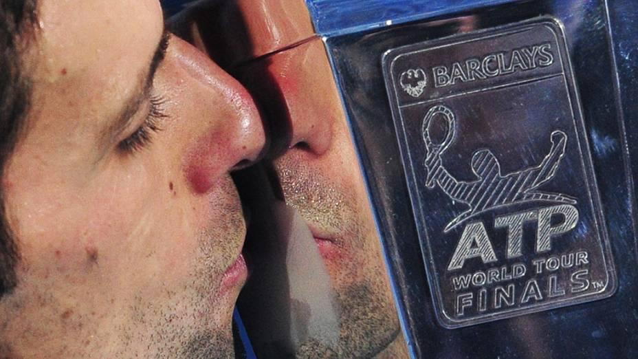 Novak Djokovic vence Rafael Nadal e conquista o ATP Finals, em Londres